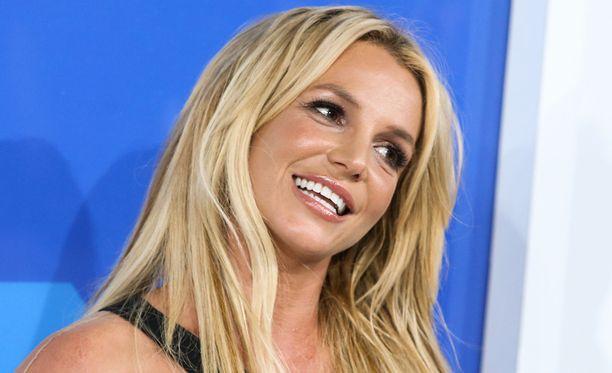 35-vuotias Britney Spears on tunnettu laulaja.