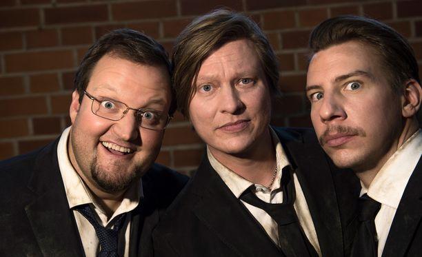 Luokkakokous 2 -elokuvaa kuvattiin Hämeenlinnassa keväällä 2016. Pääosissa nähtiin toista kertaa Sami Hedberg, Jaajo Linnonmaa ja Aku Hirviniemi. Hirviniemi nähdään myös tulevassa Swingers-elokuvassa.