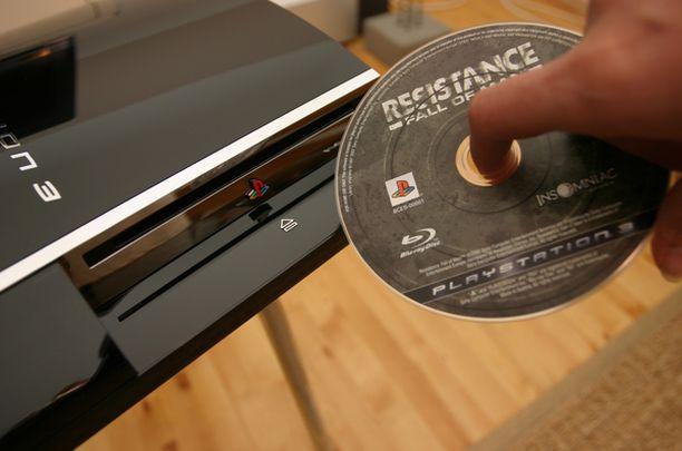 Playstation 3 tukee teräväpiirtoa.