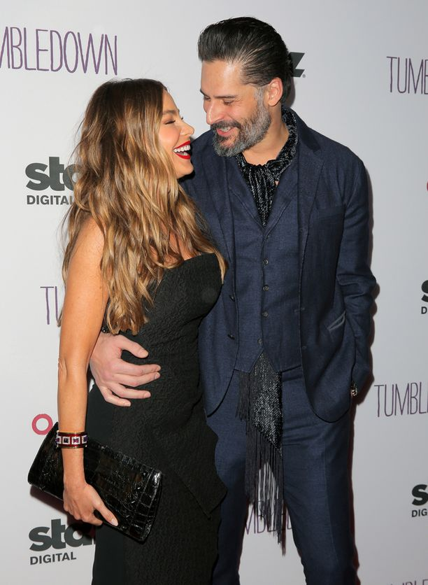 Sofia Vergara on naimisissa Joe Manganiellon kanssa.