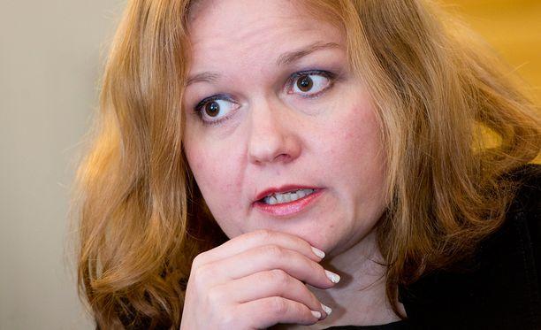 Krista Kiuru pettyi verkkovalvontaa selvittäneen työryhmän mietintöön.