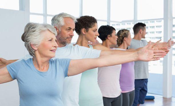 Pilates osoittautui meta-analyysissä hyödylliseksi sekä kunnon että mielialan ylläpitämisen kannalta.