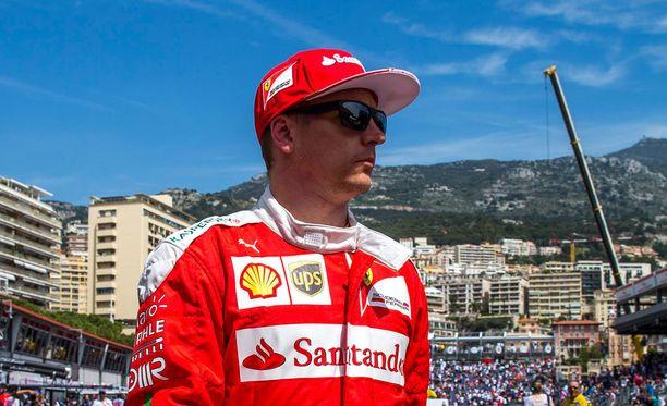 Kimi Räikkösen ja Ferrarin toinen harjoitus ei sujunut Strömsön malliin.