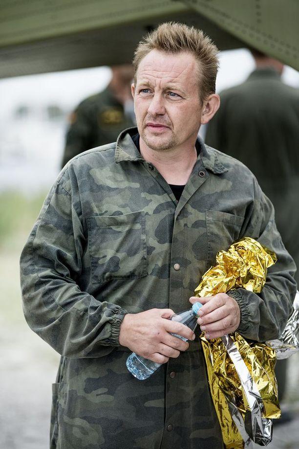 Tanskalaiskeksijä Peter Madsen on muuttanut kertomustaan poliisikuulusteluissa.