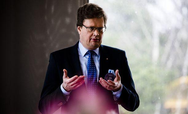 Suomen Asianajajaliiton puheenjohtaja Jarkko Ruohola. Kuvassa asianajaja Ruohola tammikuussa 2017.