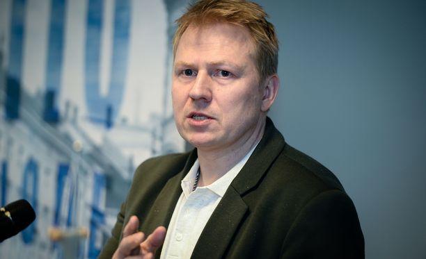 HJK:n toimitusjohtaja Aki Riihilahti tietää Makedonian potentiaalin.