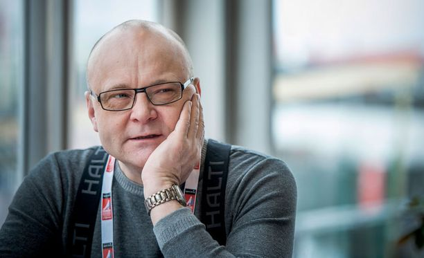 Ylen urheiluselostaja Tapio Suominen palasi juuri Pekingin yleisurheilun MM-kisoista.