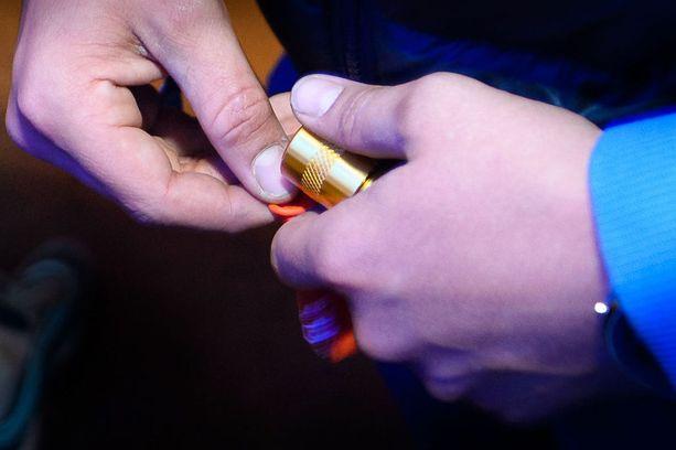Kaksi nuorta kuoli käytettyään nähtävästi huumeita festivaaleilla. Kuvituskuva.