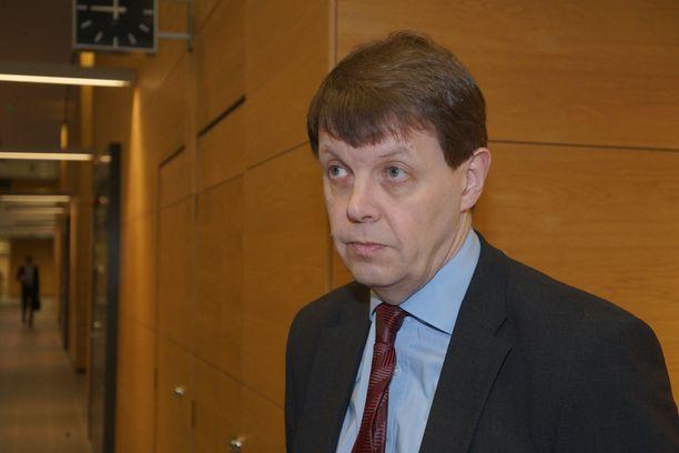 Syyttäjä-tutkinnanjohtaja Jukka Haavisto antaa ymmärtää, että hänen ja päätodistajan viestittely on liittynyt työasioihin.