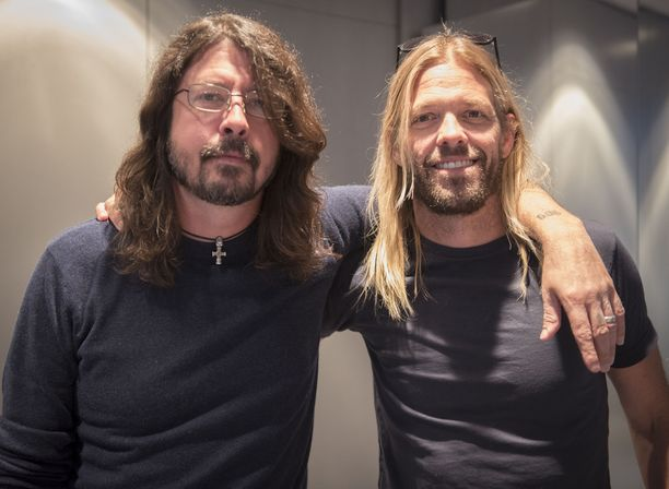 Foo Fighters esiintyi maanantaina Helsingissä.