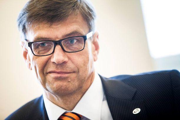 Valtakunnansyyttäjä Matti Nissiseltä kysyttiin jäsenkirjaa yllättävässä yhteydessä.