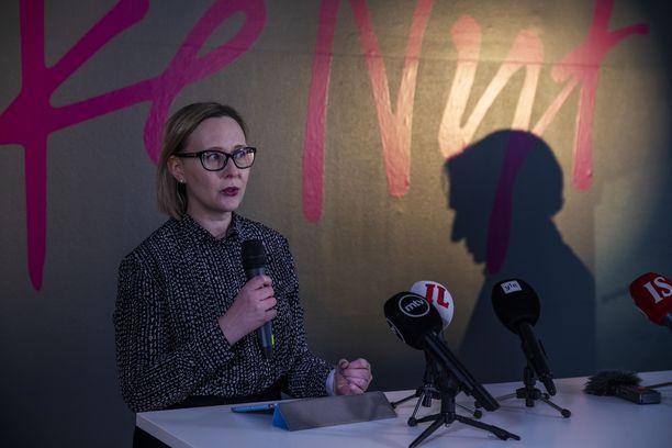 Keväällä 2019 sinisten kansanedustaja Maria Lohela siirtyi Liike Nytin jäseneksi.