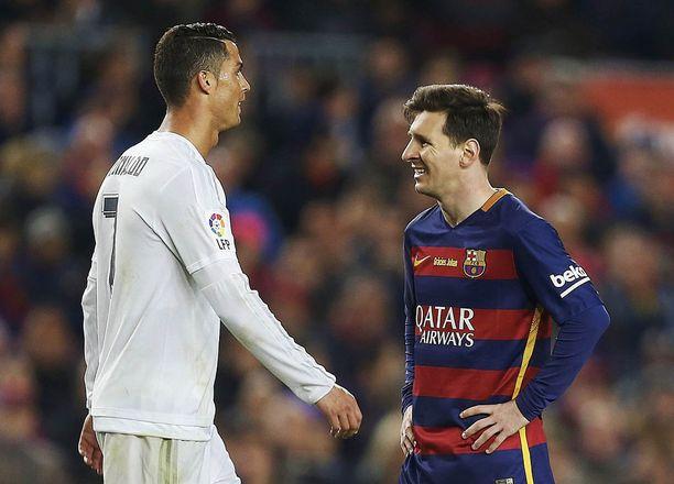 Cristiano Ronaldo ja Lionel Messi iskevät yhteen aatonaattona.