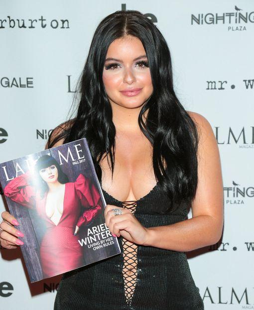 Ariel Winter esitteli ylpeänä LaPalme -lehden tuoreinta kantta.