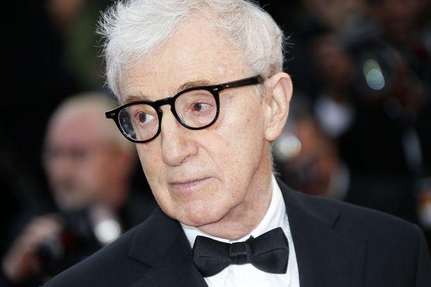 Woody Allen on jo vuosien ajan kiistänyt Dylan Farrow'n syytökset, joiden mukaan hän käytti adoptiotytärtään seksuaalisesti hyväksi.