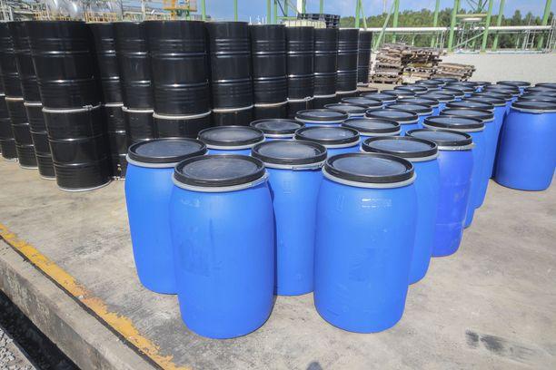 Savon Voiman kaukolämmön tuotannosta vastaava tuotantopäällikkö Kari Anttonen kertoo, että bioöljyä käytetään kevyen polttoöljyn korvaajaksi.