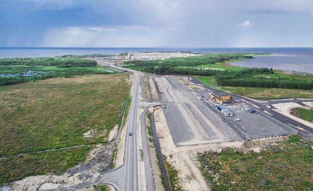 Fennovoima rakentaa rakentaa parhaillaan Pyhäjoelle Hanhikiven -niemelle uutta ydinvoimalaa.