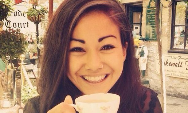 Mia Ayliffe-Chung kuoli veitsimiehen hyökkäyksessä Australiassa. Tekijä on saanut murhasyytteet, ja hänen mielenterveyttään tutkitaan.