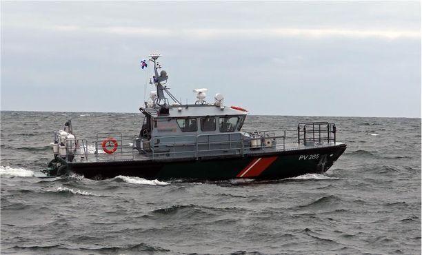 Kadonneen miehen etsintöjä merellä johti ensin rajavartiolaitos. Kuvituskuva.