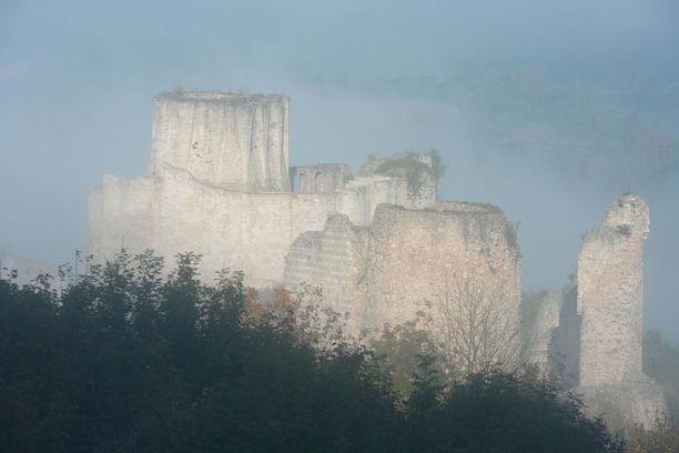 Rikhard Leijonamielen rakennuttamassa linnassa hyödynnettiin monia aikansa tärkeimpiä puolustuskeksintöjä.