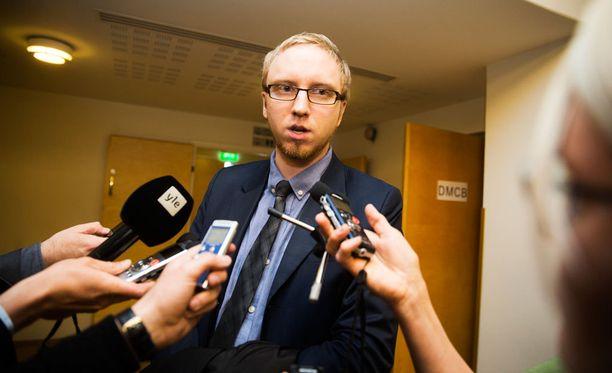 Simon Elo on Sinisen tulevaisuuden puheejohtaja.