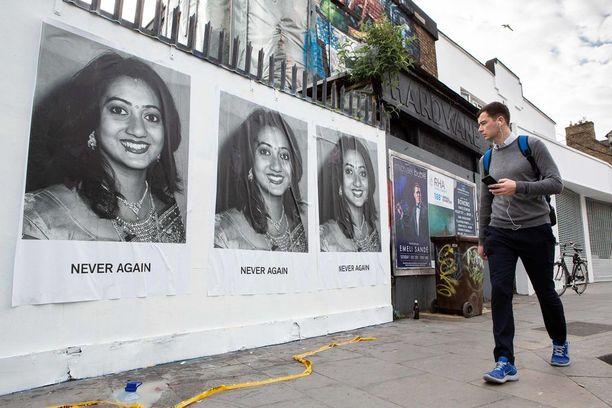 Irlanti höllensi aavistuksen aborttioikeutta vuonna 2013 sen jälkeen, kun intialaissyntyinen Savita Halappanawar kuoli verenmyrkytykseen, koska ei saanut aborttia.