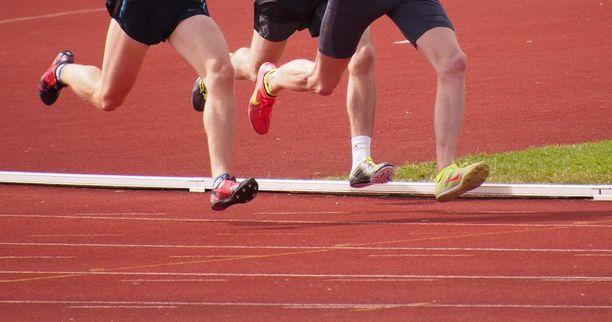 4000 metriä on juoksijoille sopiva tavoite Cooperin testissä.