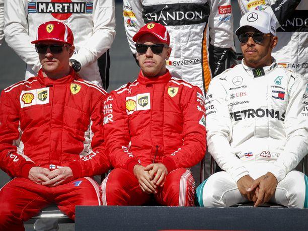 Kimi Räikkönen ja Sebastian Vettel eivät pystyneet syrjäyttämään Lewis Hamiltonia ja Mercedestä valtaistuimeltaan.