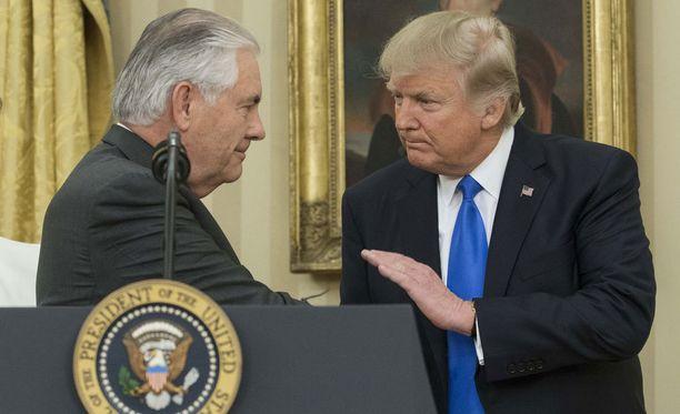Tillerson on samoilla linjoilla Trumpin kanssa finanssiasioista.