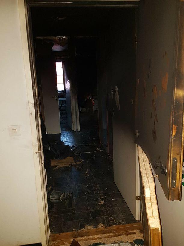 Asunto kaipaa täysremonttia tulipalon jäljiltä.