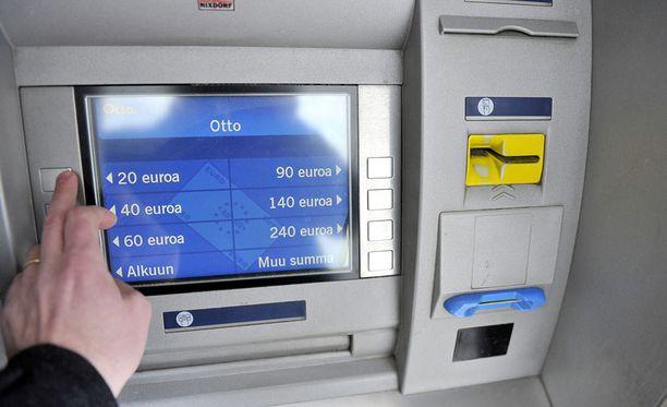 Pankkiasiointi hoituu lähes kokonaan automaateilla tai netissä.