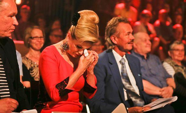Tangotuomari Helena Lindgren liikuttui kyyneliin asti.
