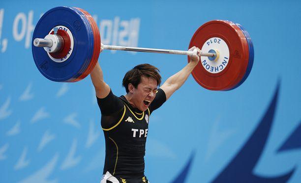 Lin Tzu-Chi on yksi kärähtäneistä huippunostajista. Taiwanilainen on pitänyt hallussaan 63 kilon sarjan maailmanennätystä.