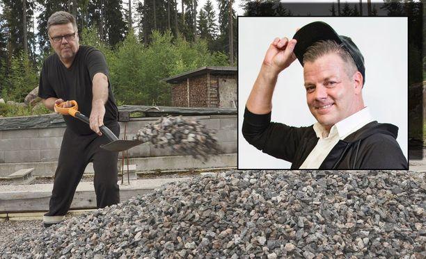 Jari Aarnion mukaan Jari Sillanpään (oik.) huumekohu on kaksinaismoralismia.