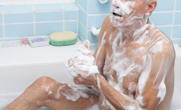 Kylpyhetket herättivät avustajien epäilykset miehen todellisesta terveydentilasta.Kuvituskuva.