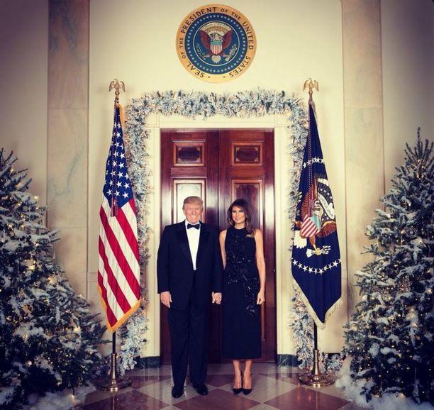 Valkoisen talon virallinen joulutervehdys näyttää tältä.