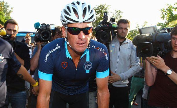 Armstrong kuvattuna vuonna 2015 hyväntekeväisyystapahtumassa.