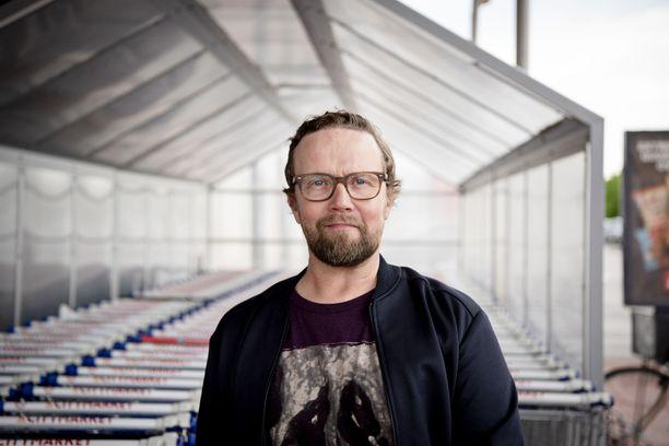 Petteri Summanen näyttelee elokuvan pääosassa vastakohtaansa Antti Pasasta.