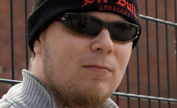 Jonne Kantolan epäillään puukottaneen sattumalta tapaamaansa 24-vuotiasta miestä varoittamatta teräaseella kasvoihin.