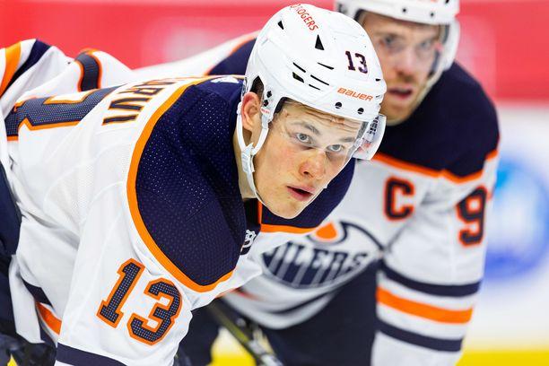 Jesse Puljujärvi on pelannut tällä kaudella 42 ottelua tehoin 10+6.