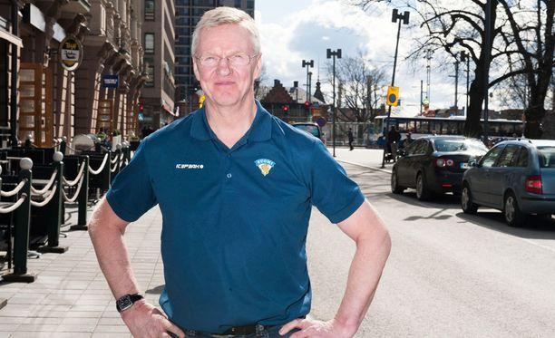 Kari Jalonen on piiskannut leijonalaumaa neljän viikon leirityksessä MM-vireeseen.