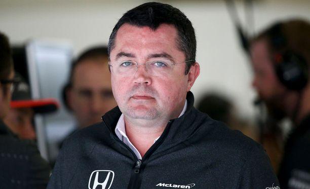 Eric Boullier jyrähti FIAlle ja Ferrarille.