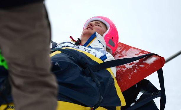 Ruotsalaislaskija Anna Holmlund on ollut tajuttomana joulukuusta asti.