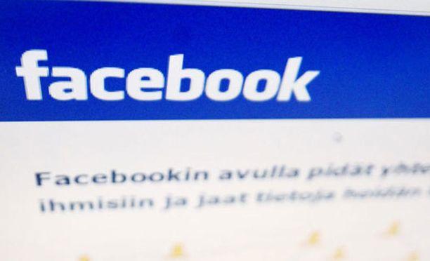 Facebookissa ei toistaiseksi suunnitella toimenpiteitä entistä työntekijää kohtaan.
