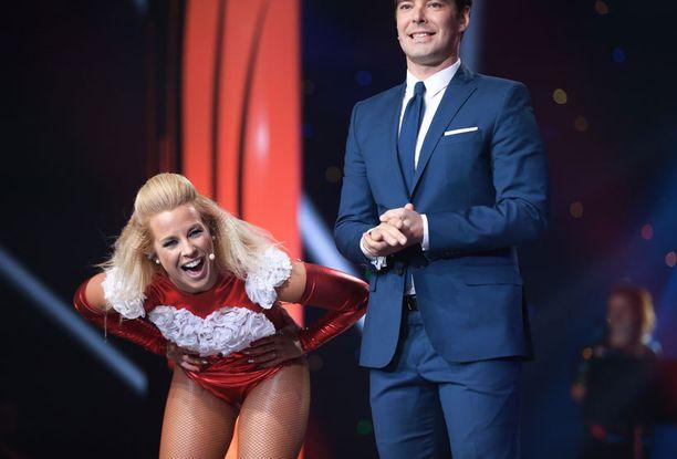Krista Siegrieds lauloi, Mikko Leppilampi juonsi Mtv:n Tähdet, tähdet -kilpailua viime sunnuntaina.