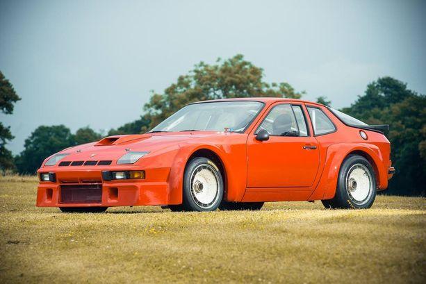 Uutta vastaava, mutta jo 35-vuotias Porschen kilpuri on kaupan Englannissa tulevana viikonloppuna.