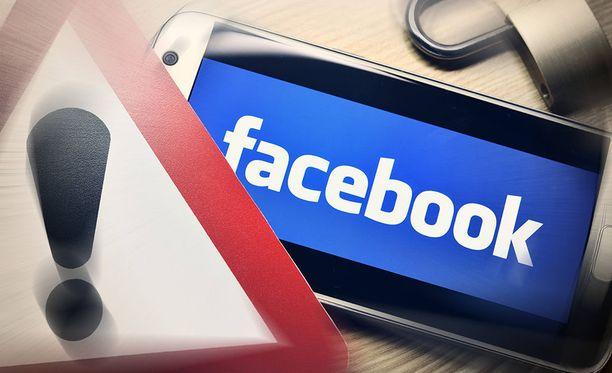 Facebook on välittänyt tietoja puhelinvalmistajille.