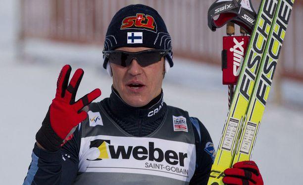 Sami Jauhojärvi palaa Fischerin suksitalliin. Arkistokuva kaudelta 2010-11.