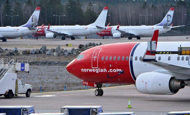 Norwegianin koneita Arlandan kentällä. Arkistokuva, kuvan lentokoneet eivät liity tapaukseen.