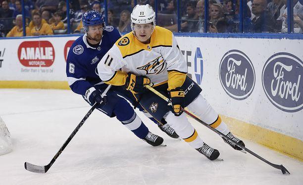Eeli Tolvanen pelasi viimeksi NHL:n runkosarjassa yli kuukausi sitten. Hän ehti debytoida Nashvillen riveissä kolmen ottelun verran.